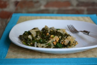 Crunchy Peanut Butter Spinach