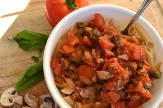 Homemade Fresh Tomato Sauce with Basil, Mushrooms, and Balsamic Vinegar