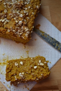 Vegan Pumpkin Oat Bread