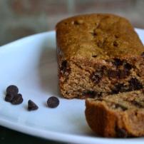 (Skinny) Chocolate Chip Banana Bread